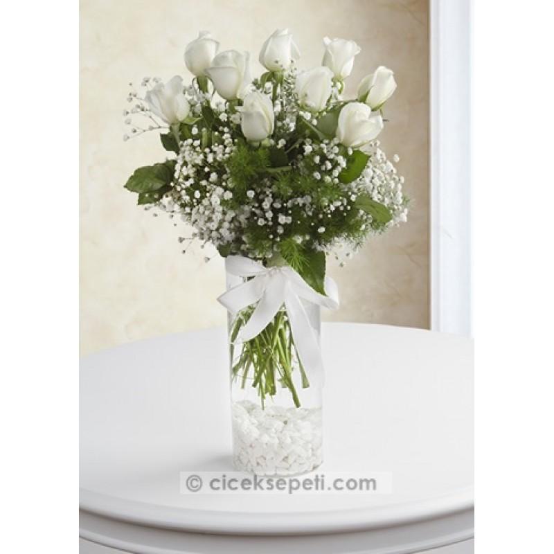 10 Beyaz Gül Vazo